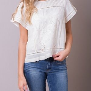 Moon River Ivory Eyelet Blouse Size Small